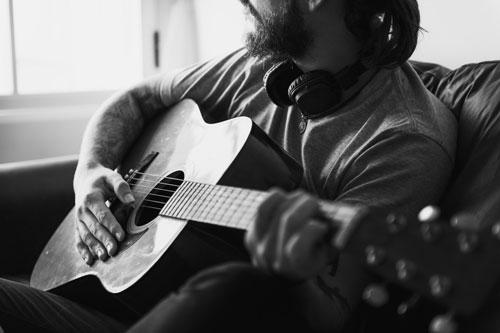 elegir mi primera guitarra