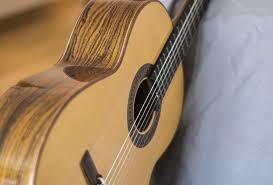 primera guitarra española