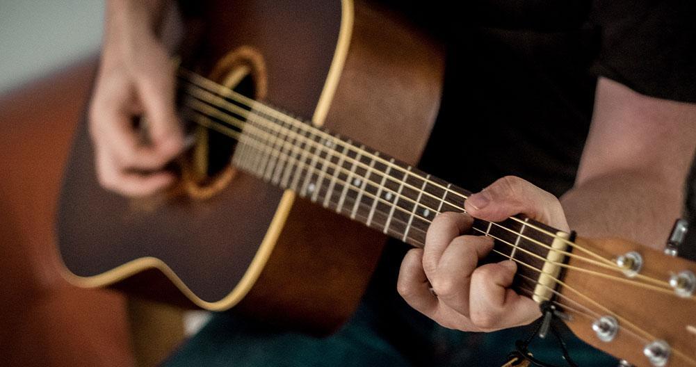 mejores guitarras acusticas