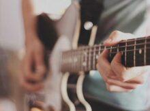 guitarra electrica gama media